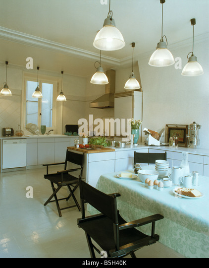 Pendant Lights Dining Table Stock Photos Amp Pendant Lights