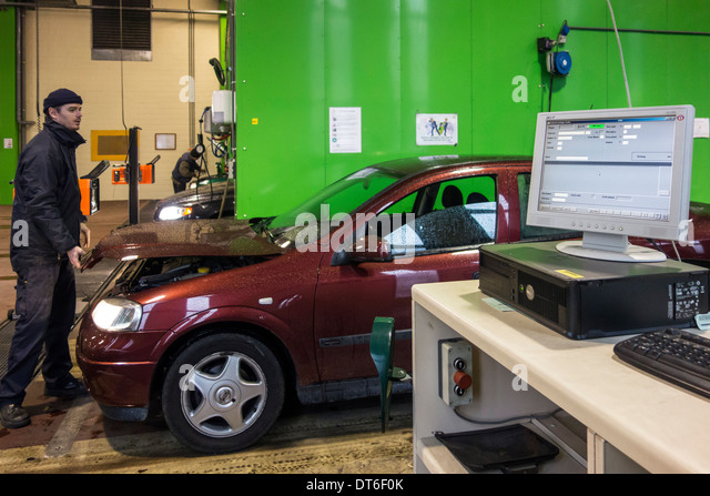 Mot uk stock photos mot uk stock images alamy for Abc motor credit inventory