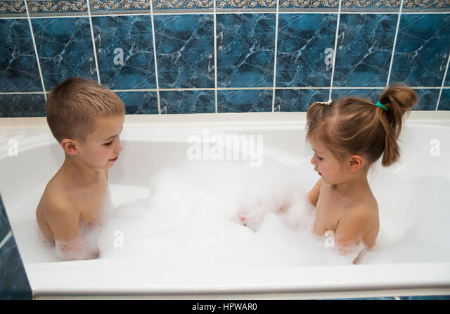 Young Boy Washing Hair Shampoo Stock Photos Young Boy Washing Hair Shampoo Stock Images Alamy
