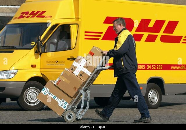 dhl worldwide express Dhl is the global market leader in the logistics industry dhl commits its  expertise in international parcel, express, air and ocean freight, road and rail.