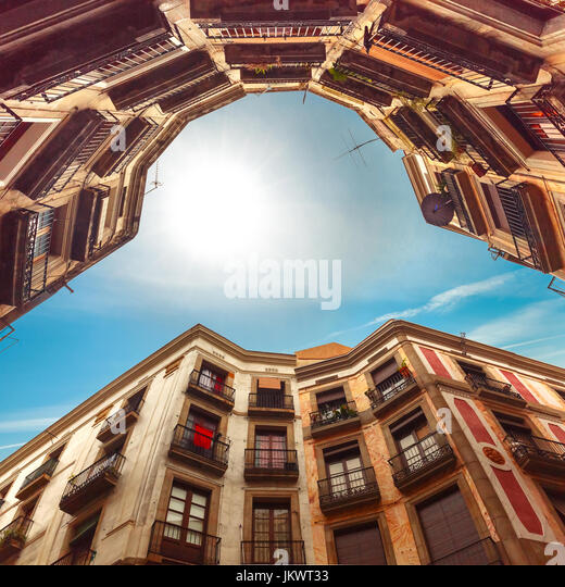 Barcelona Houses: Barcelona Backstreet Stock Photos & Barcelona Backstreet