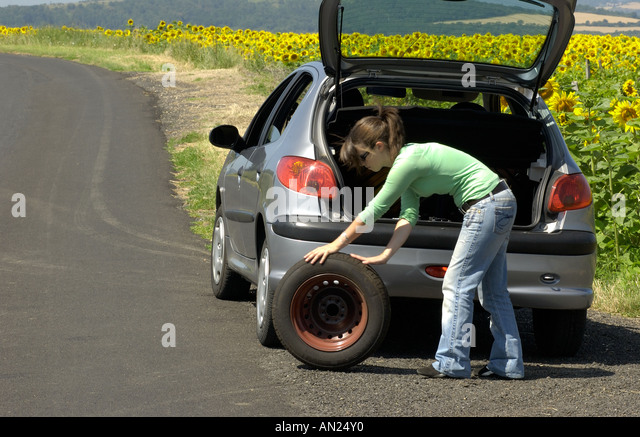 how to change a tire for females