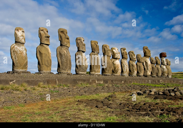 Mysterious Moai stone heads on Easter Island have bodies - Strange ...