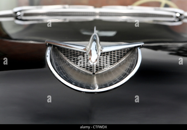 Buick Badge Grill Stock Photos Amp Buick Badge Grill Stock