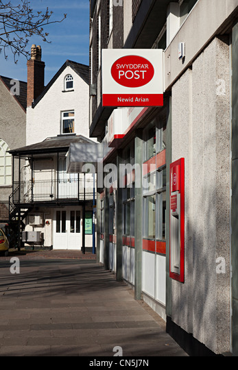 uk post office sign stock photos uk post office sign stock images alamy. Black Bedroom Furniture Sets. Home Design Ideas