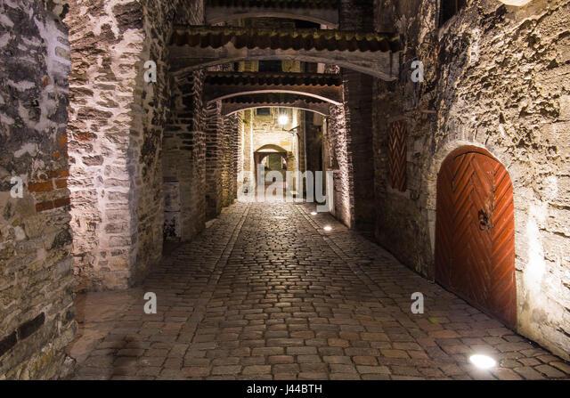 Renaissance corridor street in Tallinn - Stock Image