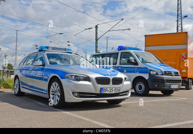 Merveilleux BMW And VW Volkswagen Police Patrol Cars Of The German Federal Police  (Bundespolizei)