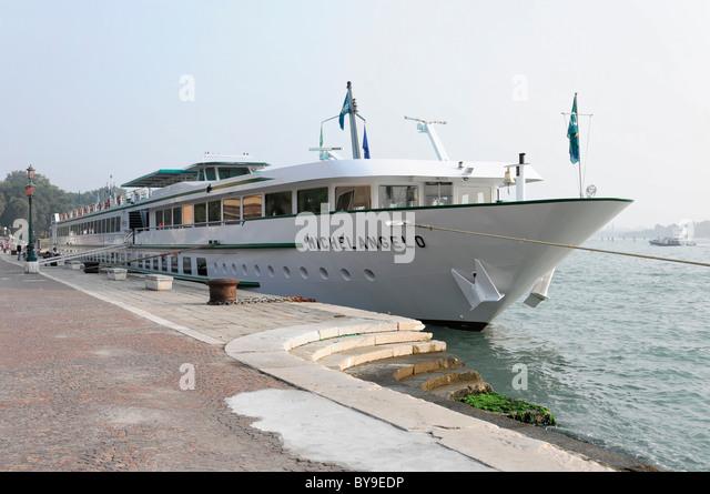 Michelangelo Cruise Ship Venice Veneto Stock Photos Michelangelo - Ms michelangelo cruise ship