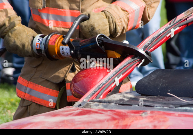 Jaws Of Life Tool Stock Photos Amp Jaws Of Life Tool Stock