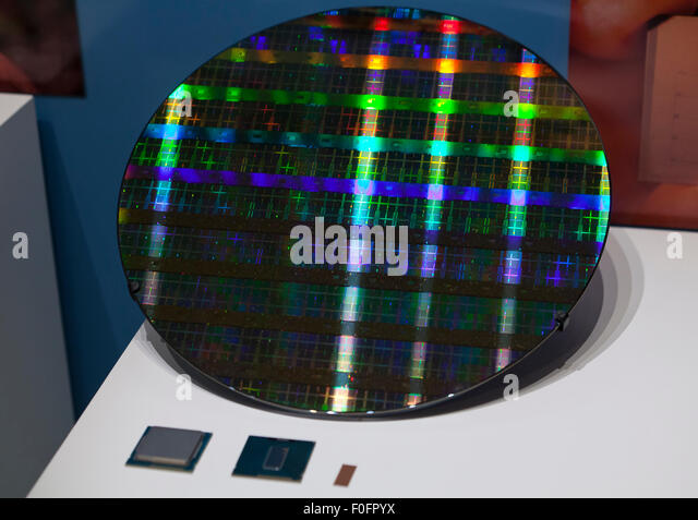 the widespread use of the silicon chip as a semiconductor Silicon photodiode integrated circuits ready for  simple assembling processes and the use of well-established semiconductor technologies  a silicon chip can .