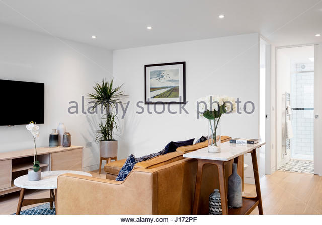 Hogarth road stock photos hogarth road stock images alamy for Living room north end
