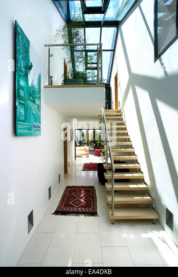 Hallway atrium stock photos hallway atrium stock images for Residential atrium