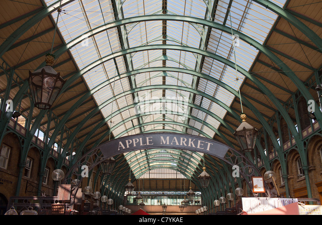 Surprising Tourists Browse Market Stalls Stock Photos  Tourists Browse  With Luxury The Covered Apple Market In Covent Garden London  Stock Image With Awesome Garden Swings Australia Also Vegetable Container Gardening Ideas In Addition Garden For The Environment And How To Grow Garden Vegetables As Well As Chemical Garden Trilogy Additionally Botanical Gardens Isle Of Wight From Alamycom With   Luxury Tourists Browse Market Stalls Stock Photos  Tourists Browse  With Awesome The Covered Apple Market In Covent Garden London  Stock Image And Surprising Garden Swings Australia Also Vegetable Container Gardening Ideas In Addition Garden For The Environment From Alamycom