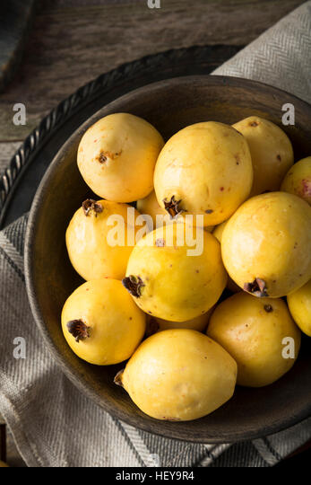 how to prepare guava fruit to eat