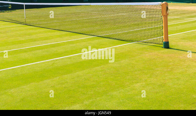 how to play grass court tennis