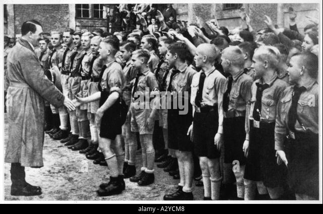 hitler and hitler youth Hitler youth has 4,358 ratings and 782 reviews mara said: i was not an easy adolescent to rear or maybe i was just typical my teenage years definitely.