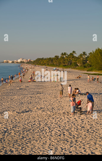 Naples florida christmas stock photos naples florida for Warmest florida beaches in december