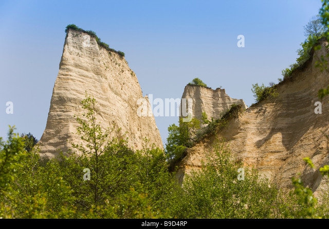sand pyramids of melnik - photo #17
