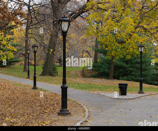 Lamp Post Fall Colors Stock Photos & Lamp Post Fall Colors Stock ...