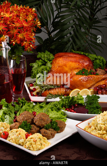 Roast turkey from above stock photos roast turkey from for Table 52 thanksgiving
