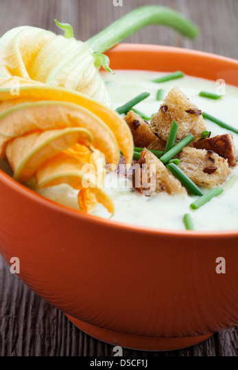 zucchini cuisine flower stock photos zucchini cuisine flower stock images alamy. Black Bedroom Furniture Sets. Home Design Ideas
