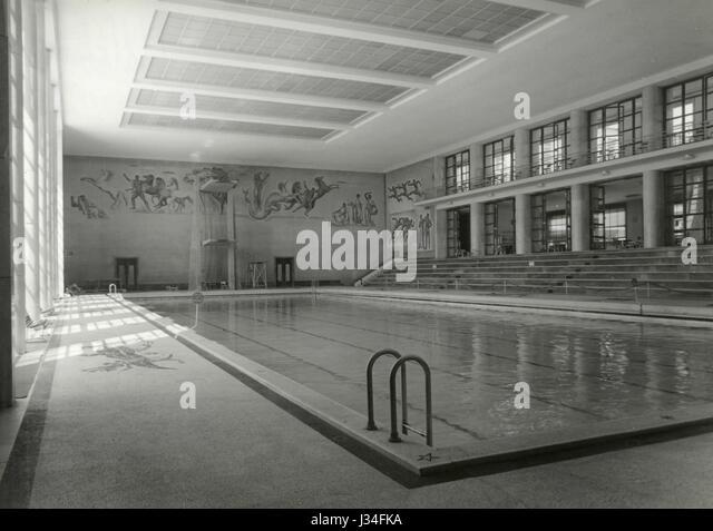 1950s Swimming Pool Stock Photos 1950s Swimming Pool
