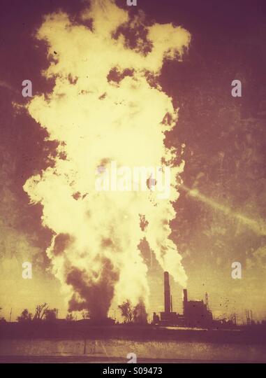 industrial-smoke-stacks-emitting-steam-s