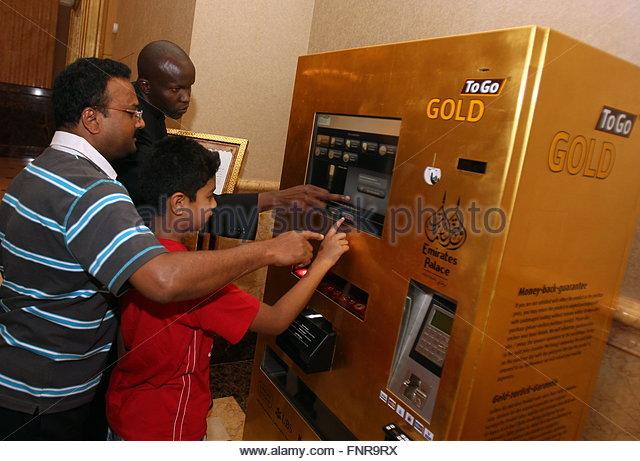 small vending machine stock photos small vending machine stock images alamy. Black Bedroom Furniture Sets. Home Design Ideas