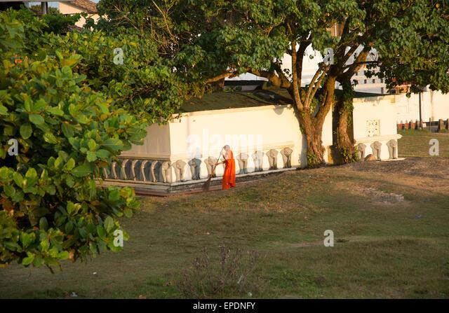 old fort buddhist singles ]] tag:meetupcom,2002-06-04:spiritualismmeetupcom/newest/atom/new+spiritualism+groups/29784546/  2018-09-14t10:57:01-04:00.