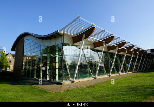 Parkside pool stock photos parkside pool stock images alamy Swimming pools in cambridge uk