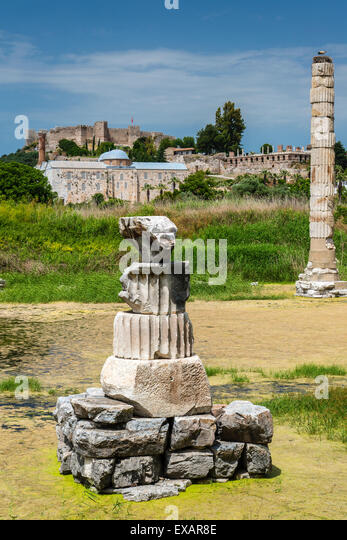 Greek Goddess Artemis Stock Photos & Greek Goddess Artemis ...