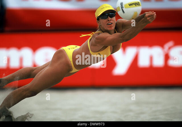 jun 05 2002 hermosa beach ca usa holly mcpeak at the