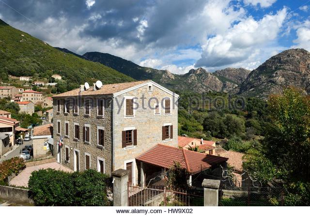 Ocana stock photos ocana stock images alamy for Achat maison corse du sud