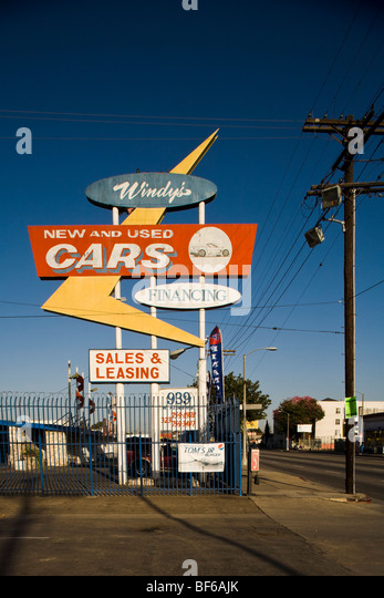 Used Car Dealer Stock Photos Amp Used Car Dealer Stock