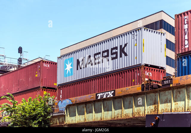 Maersk Sign Stock Photos Maersk Sign Stock Images Alamy