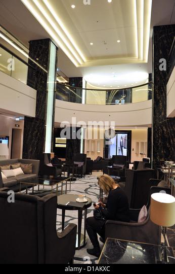 Foyer Luxury Zoo : Hotel waldorf astoria berlin stock photos