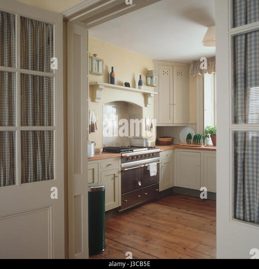 Open Oven In Kitchen: Kitchen Oven Door Open Stock Photos & Kitchen Oven Door