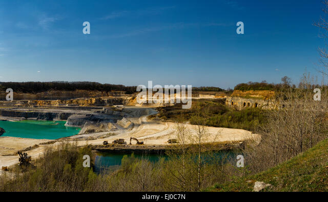 Marl stock photos marl stock images alamy for Landscape rock quarry alberta