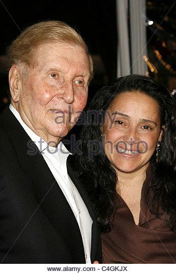 Paula Fortunato and Sumner Redstone - Stock Image - paula-fortunato-and-sumner-redstone-c4gkjx