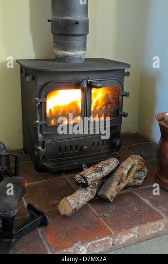 Cast Iron Stove Stock Photos & Cast Iron Stove Stock Images - Alamy