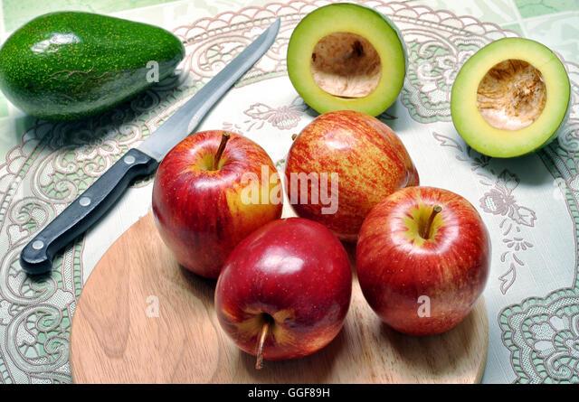Apple Tree Cutting Garden Stock Photos Amp Apple Tree