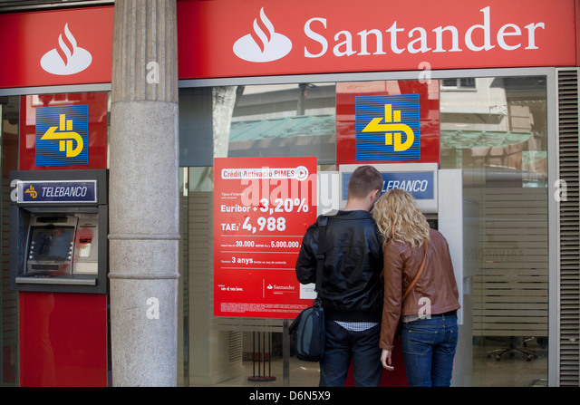 Bank building atm outside stock photos bank building atm for Sucursales banco santander barcelona