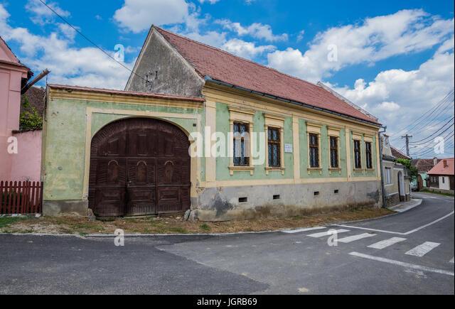 Transylvanian village stock photos transylvanian village stock images alamy - Saxon style houses in transylvania ...