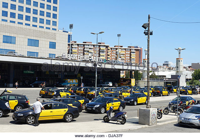 Taxis in barcelona stock photos taxis in barcelona stock images alamy - Cab in barcelona ...