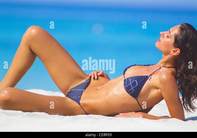 Brunette string bikini