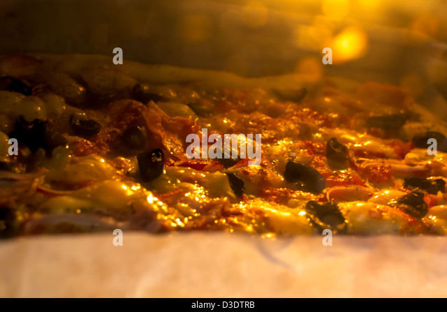 Oven Baked Pizza Stock Photos Amp Oven Baked Pizza Stock
