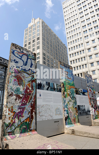 Berliner Platz 2 L Sungen berlin wall stock photos berlin wall stock images alamy