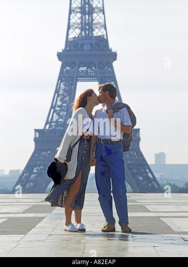 kiss paris stock photos amp kiss paris stock images alamy