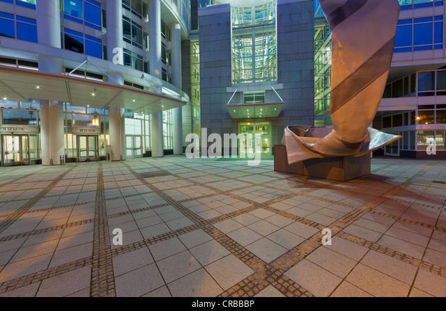 Art Foyer Dz Bank Frankfurt Main : Dz bank frankfurt stock photos