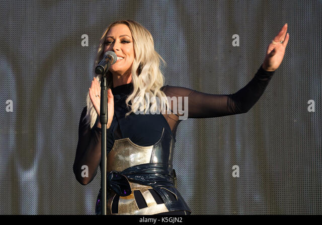 Faye Tozer Of The Pop Group Steps Stock Photos & Faye ...